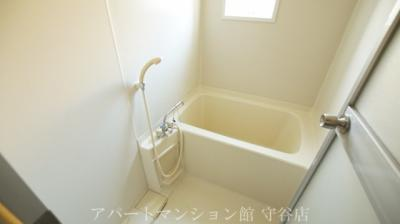 【浴室】アヴァンメゾン新守谷C