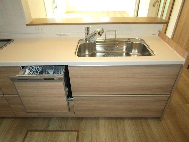 ビルトイン食器洗浄乾燥機