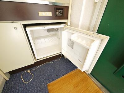 ミニ冷蔵庫付きです。