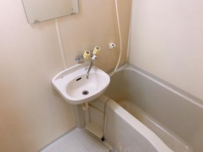 【浴室】シャトレ城南 A