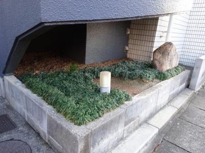 【庭】ジャルダン岡本