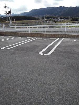 【駐車場】i Park