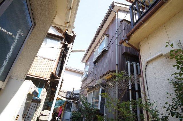 【外観】辰巳荘