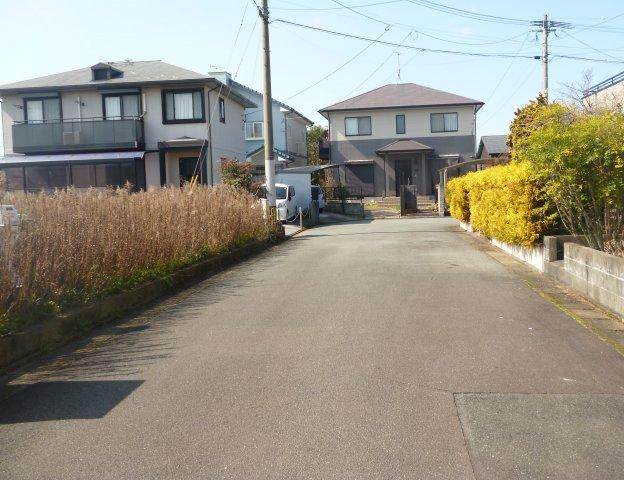 【前面道路含む現地写真】筑後市一条 分譲地
