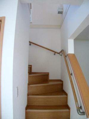 階段 深大寺東町プレミアムハウス 賃貸一戸建て
