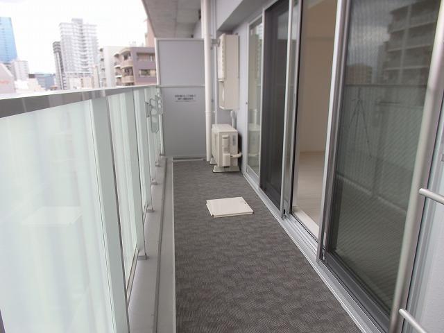 【バルコニー】プラネソシエ神戸元町