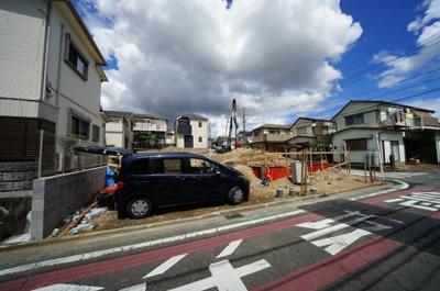 保土ヶ谷区法泉2丁目に完成予定の新築分譲住宅です。