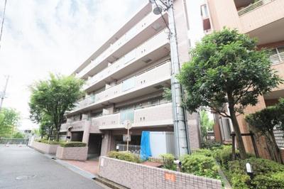【現地写真】 鉄筋コンクリート造の26戸♪分譲マンション♪