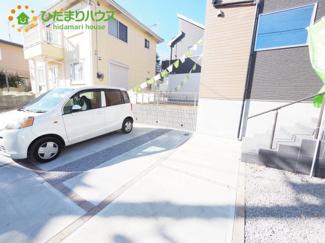 ご家族でお車に乗る方に!駐車場2台分あります!