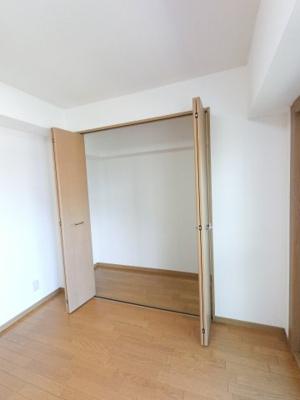 主寝室にはクローゼット付き。