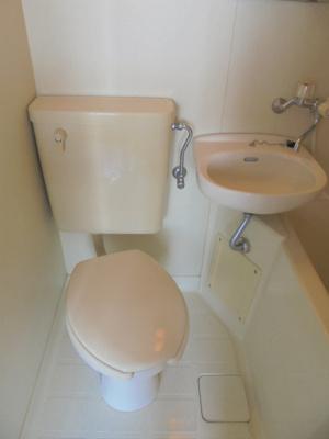 【トイレ】ホワイト・イン