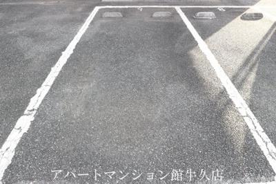 【駐車場】ボンヌシャンスM4