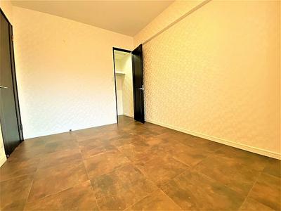 全居室には便利な収納付きとなっております。