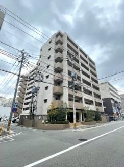 博多駅まで徒歩13分の近さで、アクセス抜群!