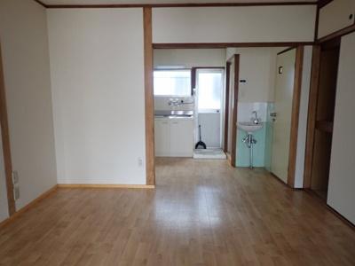 【居間・リビング】苅藻通4丁目貸家