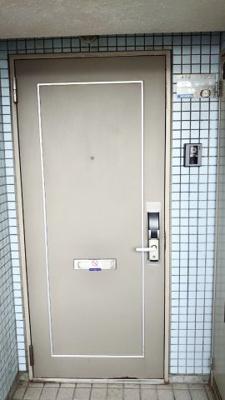 【玄関】ステージ金池