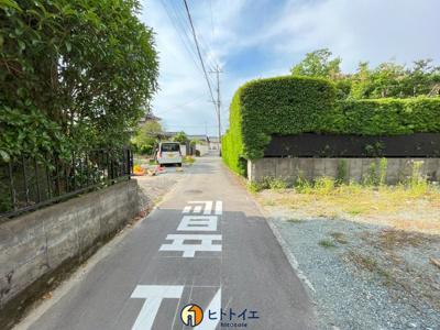 【前面道路含む現地写真】長延中古住宅