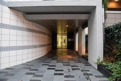 【エントランス】プライムアーバン堺筋本町