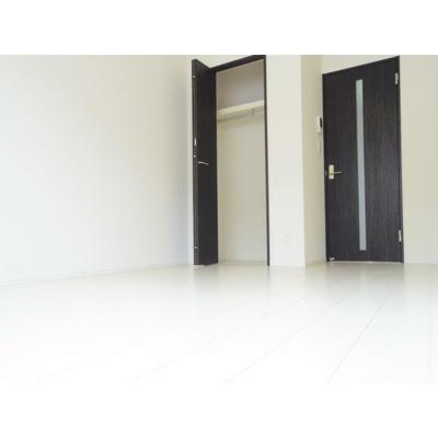 グランフェリオ都賀の洋室