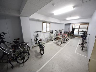 サンプラザ上汐 駐輪場