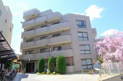 【現地写真】  総戸数36戸の 分譲マンションです♪