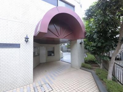 JR京浜東北線「根岸」駅徒歩10分と好立地。 通勤時間の短縮でご家族と過ごす時間を増やす事が出来ます。