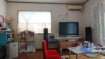 【居間・リビング】つくばみらい市下平柳 中古住宅