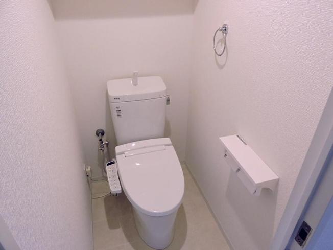 トイレ新品交換済みです。