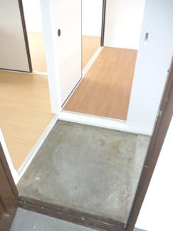 【玄関】ヴィラナリー愛知川1号棟