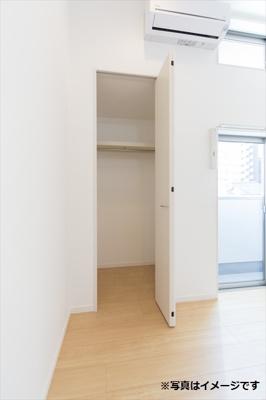 お気に入りのお洋服が収納できて、お部屋がスッキリしますね(^o^)