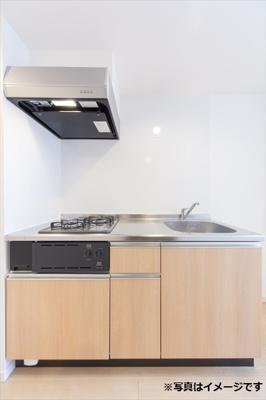 システムキッチンは、作業スペースがフラットなのでお手入れやお掃除が楽にできて、調理に必要な道具を最小限の動きで取り出せるように工夫されているので、お料理が好きな人には、必要な設備ですね(^o^)