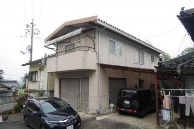 建物2 1階部分は倉庫、2階部分が住居