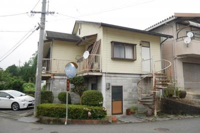 建物3 1階部分は倉庫、2階部分が住居