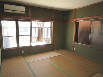2F南側和室8畳