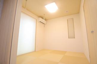 四街道市物井 新築一戸建て 物井駅 リビングからの続き間で使いやすいです!部屋干しも可能!