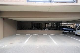 駐車場は空きあります♪