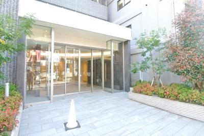 【エントランス】スプランディッド新大阪Ⅲ