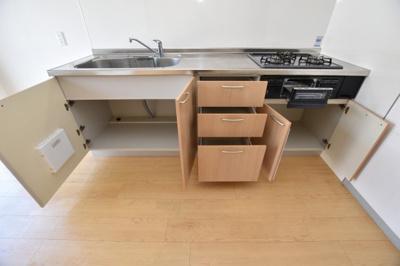 【キッチン】シャトー・ファミリー