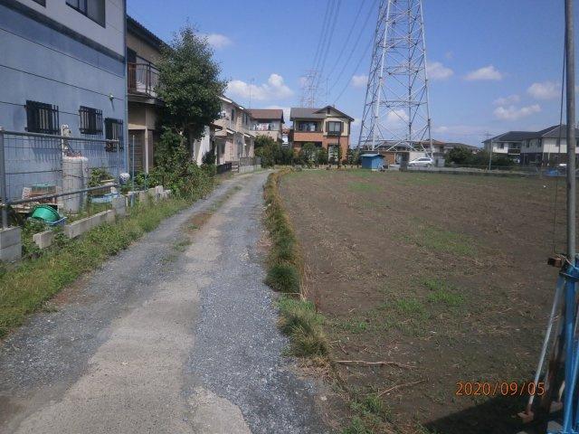 【前面道路含む現地写真】熊谷市高柳 6180万 土地