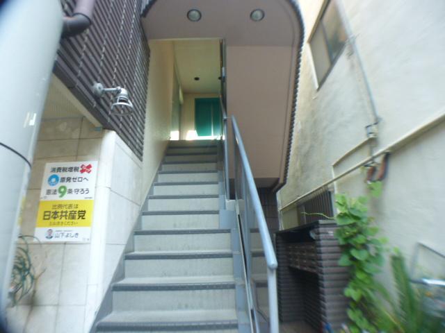 【エントランス】フローラハイツ千代崎