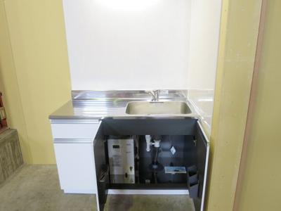 【キッチン】新潟市南区マーケットシティ白根隣接 売倉庫