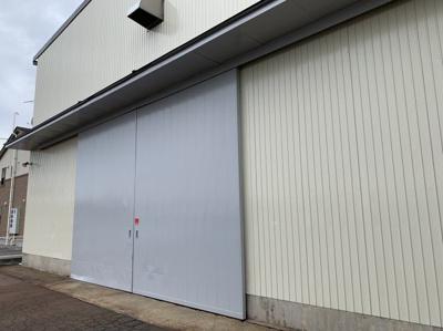 【エントランス】新潟市南区マーケットシティ白根隣接 売倉庫