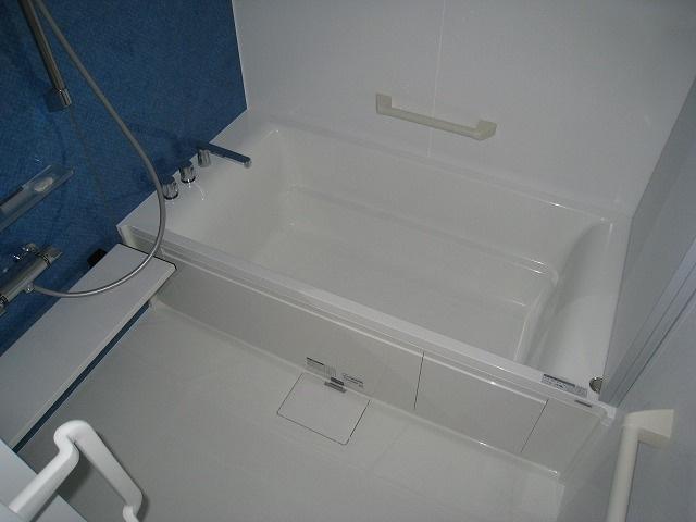 【浴室】北見市西富町3丁目123番32 戸建住宅