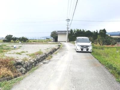 【前面道路含む現地写真】南国市福船