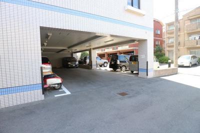 【駐車場】ラフォーレ