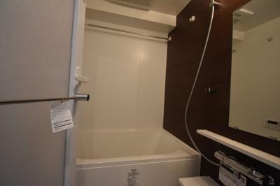 【浴室】閑静な住宅街にたん誕生した新築物件 カーサ麻布 ル・グラン