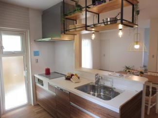 食洗器付きで使いやすいキッチンです