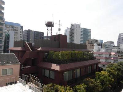 4階のお部屋からは、恵比寿の街並みが一望できます。