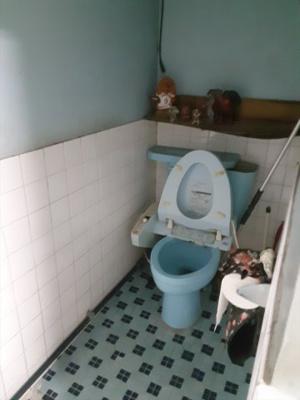 【トイレ】当山倉庫