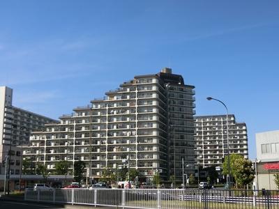 総戸数393戸のビッグコミュニティマンションです。
